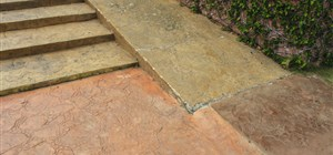 Do Your Front Steps Need to Be Stained?